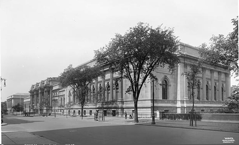 5th Avenue and 82nd Street. Metropolitan Museum of Art, general view from north.