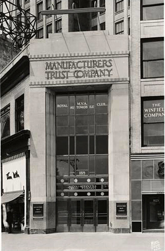 1819 Broadway. Manufacturers Trust Company. Entrance