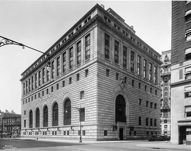 73rd Street and Broadway. Central Savings Bank,