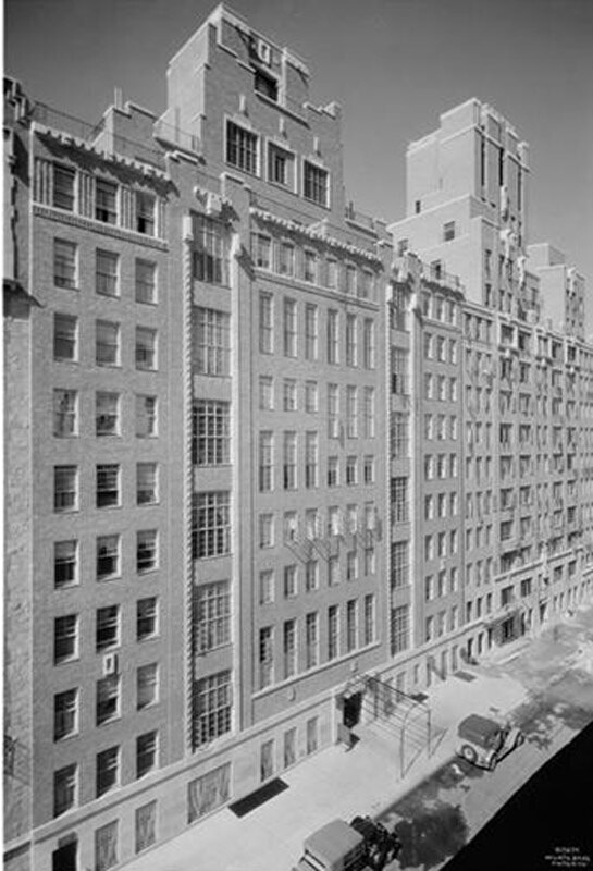 424-434 East 52nd Street. Apartment.