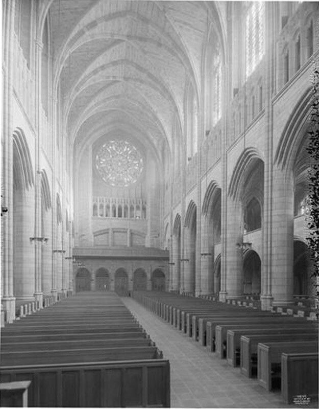 53rd Street and 5th Avenue. St. Thomas Church, general interior toward entrance.
